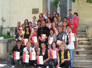 Read more about the article Academia Blondi Hairdesign Promotia Mai 2008