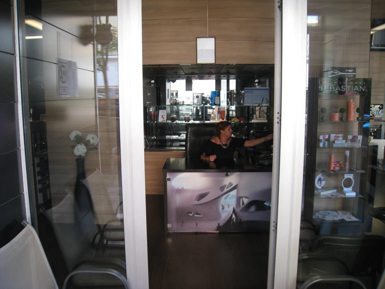 Salon Blondi interior12-min