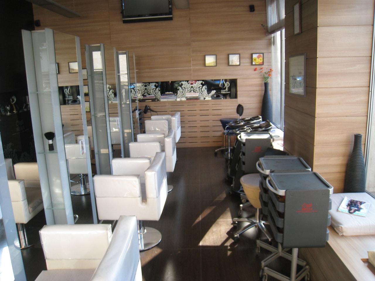 Salon Blondi interior7-min